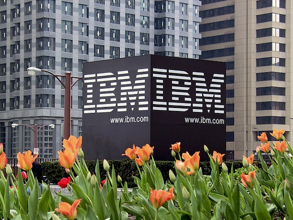 Layoff at IBM: Severance package reduced to a month