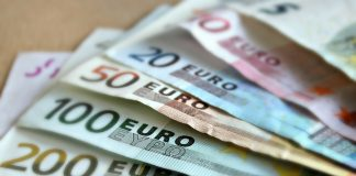 CEOs in Ireland earn 212 times more than their employees